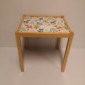 mesa infantil huesca