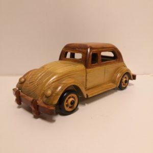 Vehículo de colección fabricado en madera