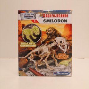 Juego de ciencia, Arqueojugando Smilodon